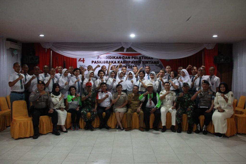 31 PESERTA IKUTI DIKLAT PASKIBRAKA KAB. SINTANG TAHUN 2019