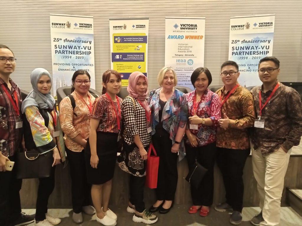 Partisipasi Konferensi Internasional Mahasiswa Pascasarjana Untan Magister Manajemen Hingga Memenangkan Best Paper di Malaysia