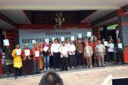 Bupati Sanggau Serahkan 1500 Sertifikat Tanah Sistematis Lengkap Kepada warganya