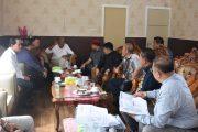 Yohanes Rumpak Pimpin Komisi IV DPRD Tinjau Jalan Provinsi Si Sintang