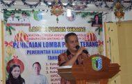 Yustinus Apresiasi Kegiatan Lomba Pohon Natal Kabupaten Sintang