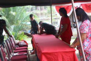 Prada Yulius Bantu Proses penyambutan Dansatgas TMMD 109