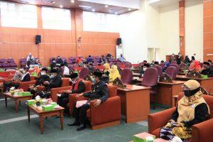DPRD Gelar Rapat Paripurna Atas Pandangan Umum Fraksi DPRD Terhadap 4 Raperda dan HUT DPRD
